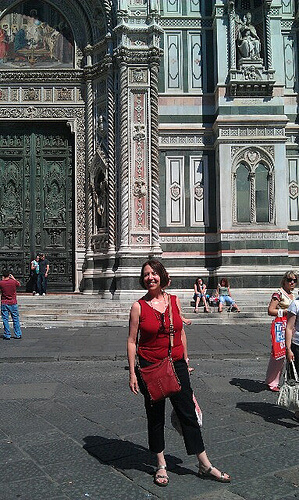 Barbara in front of Duomo in Florence